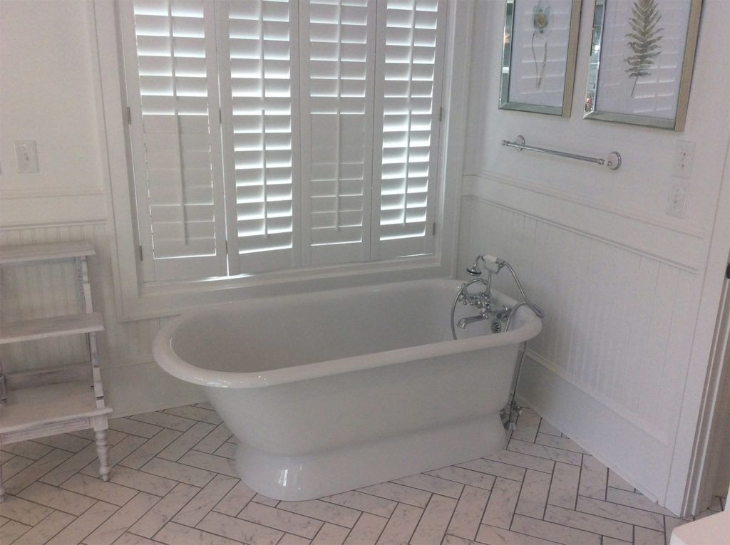 Bathtub installed by Built Right Construction